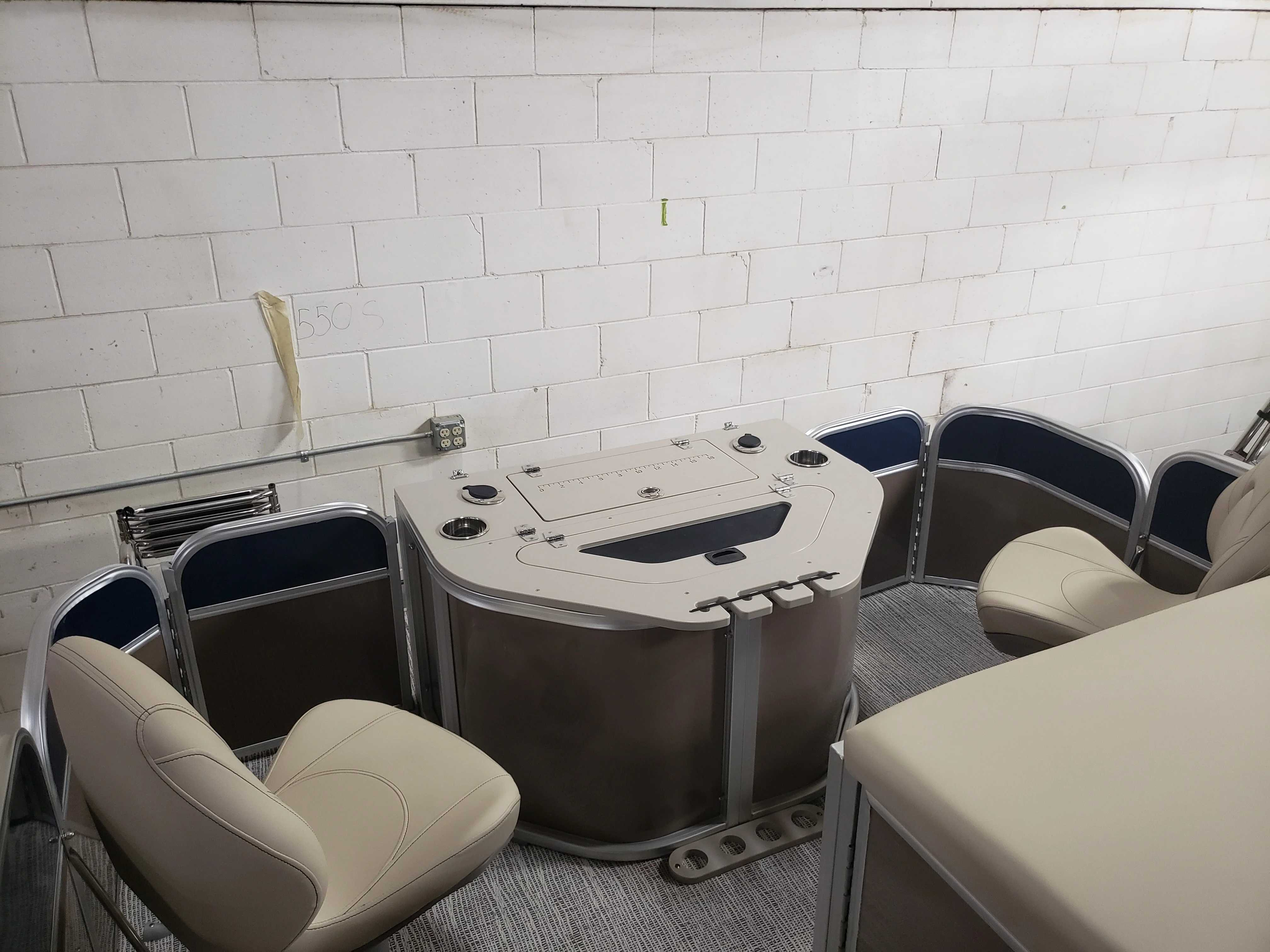 2021 Berkshire Pontoons boat for sale, model of the boat is 22RFC LE & Image # 3 of 7