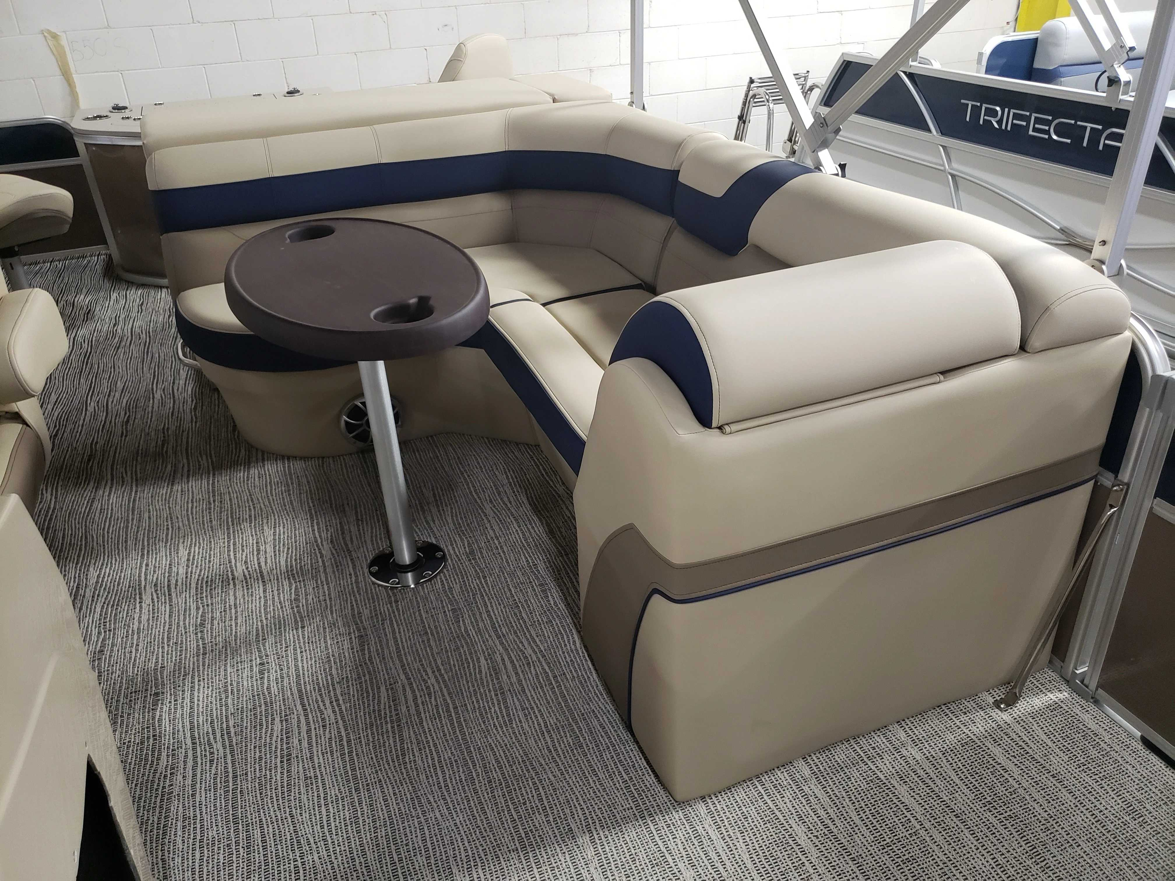2021 Berkshire Pontoons boat for sale, model of the boat is 22RFC LE & Image # 6 of 7