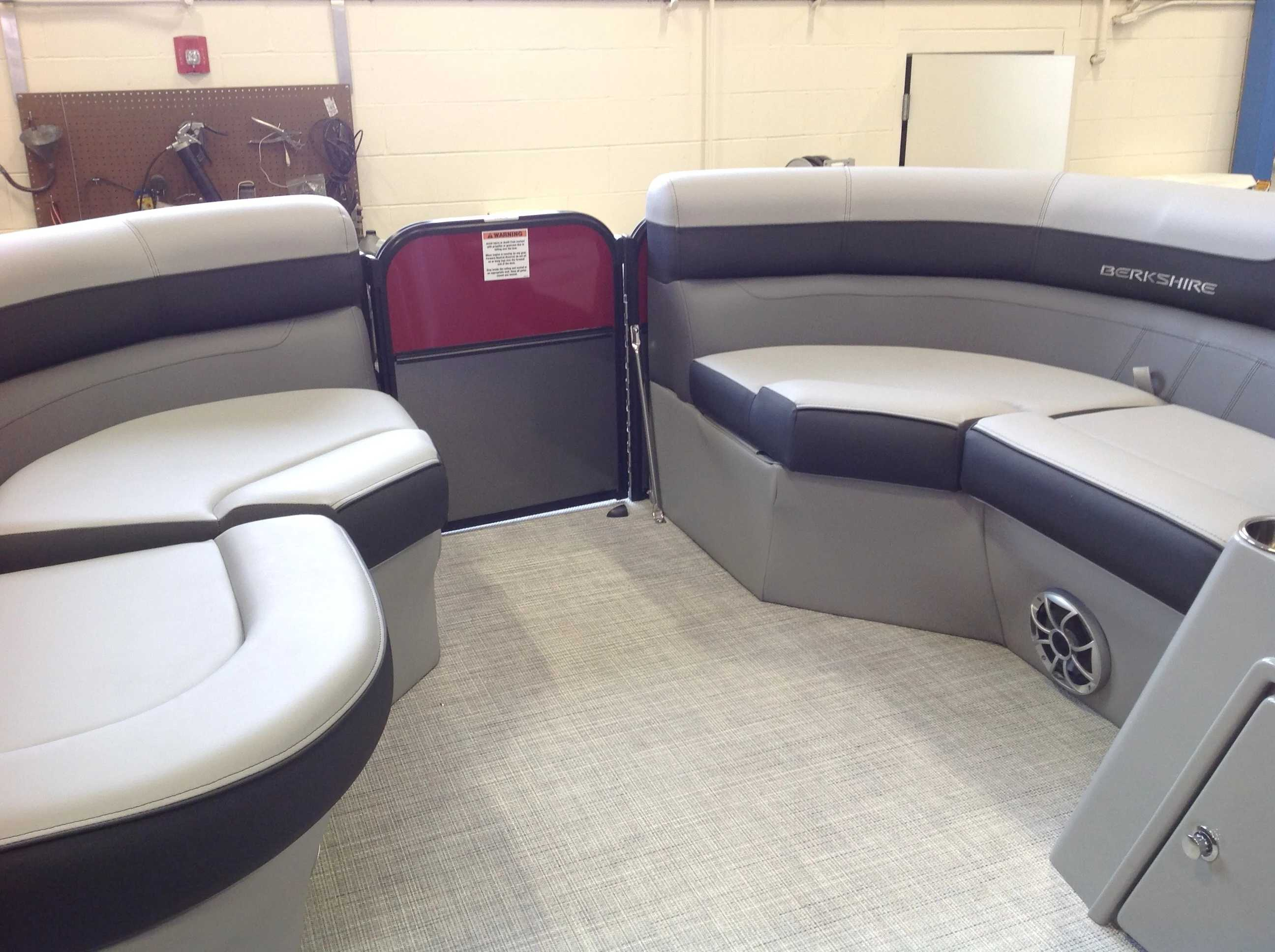 2021 Berkshire Pontoons boat for sale, model of the boat is 22RFX CTS & Image # 3 of 12