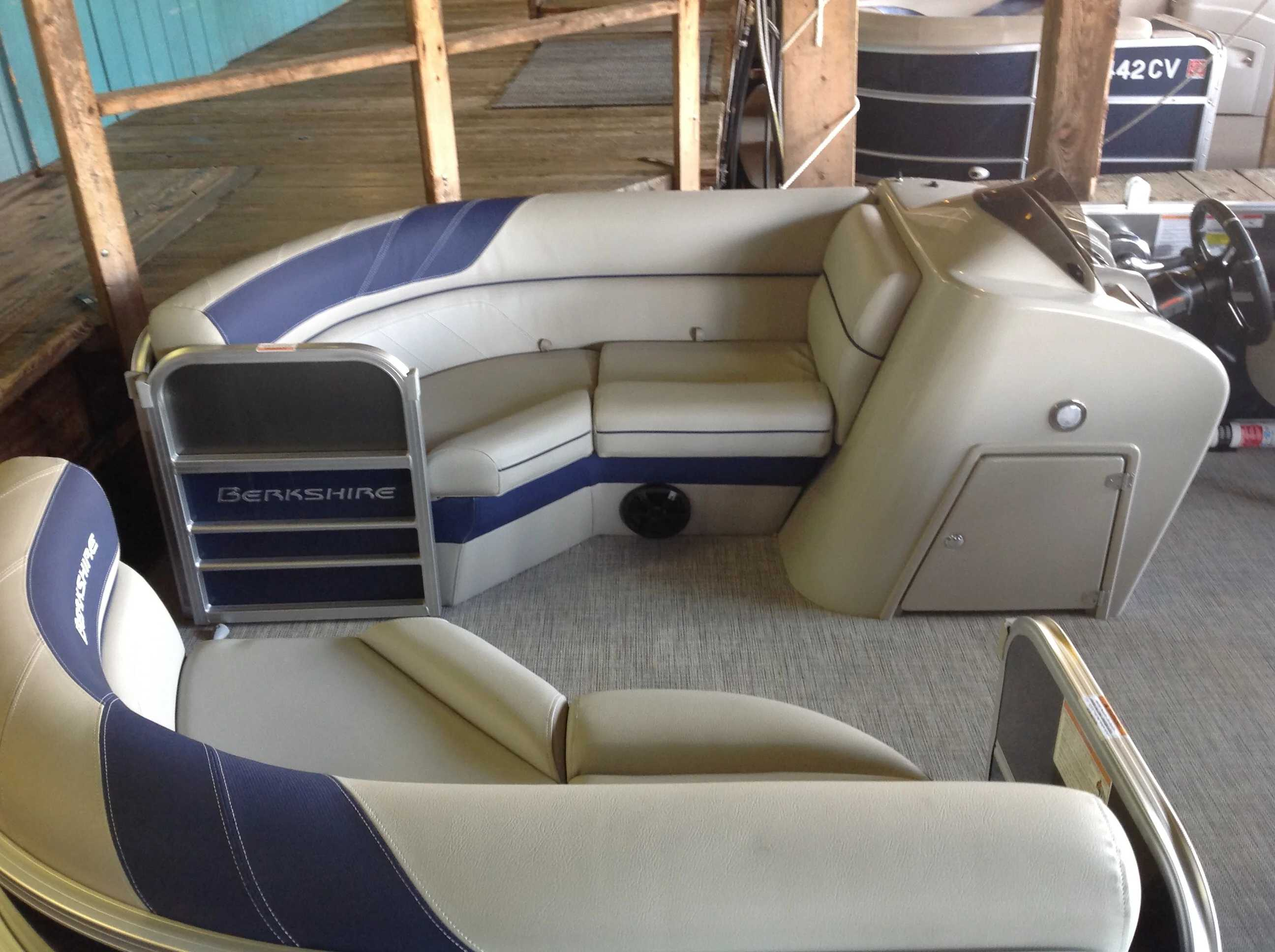 2021 Berkshire Pontoons boat for sale, model of the boat is 22rfx LE & Image # 4 of 13