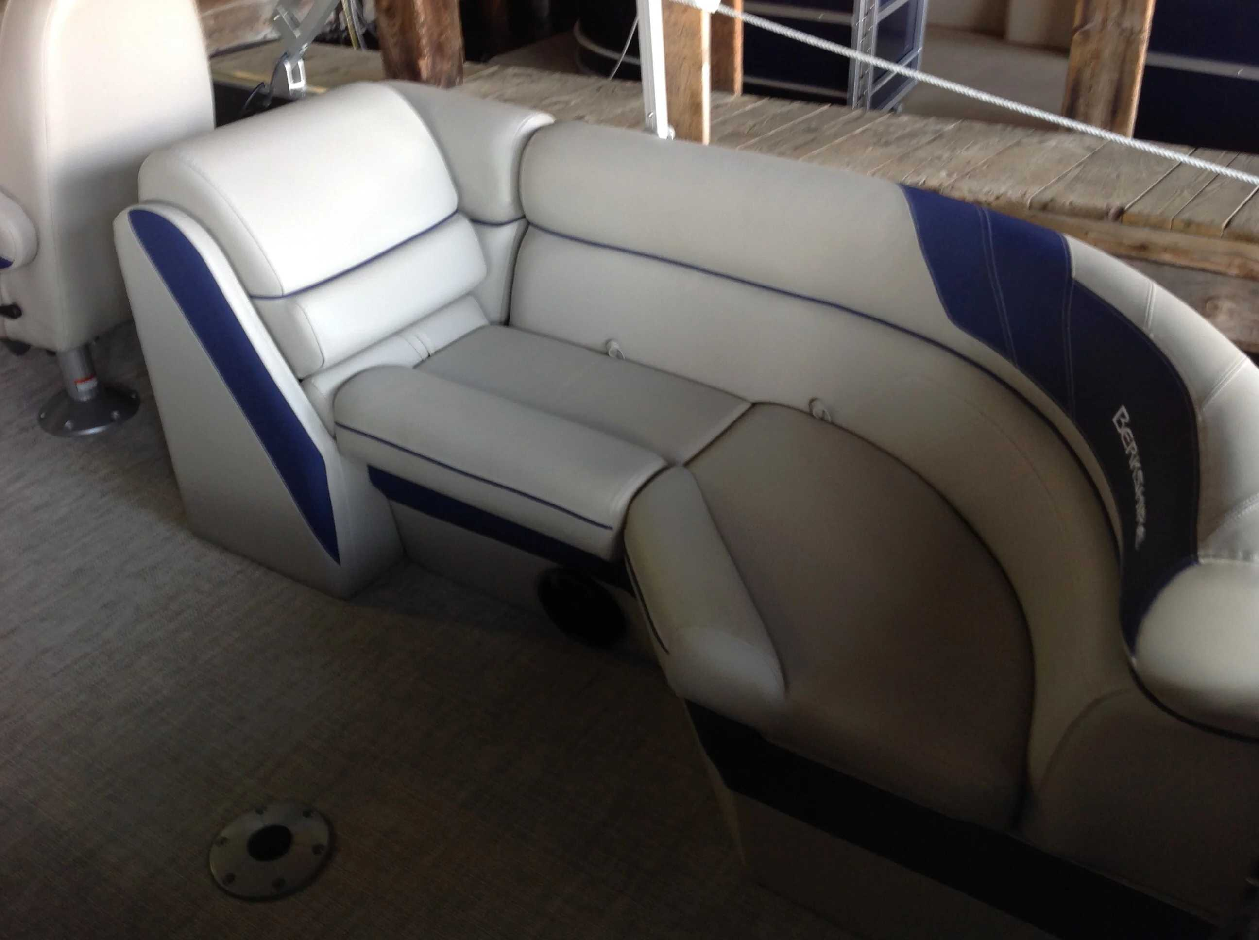 2021 Berkshire Pontoons boat for sale, model of the boat is 22rfx LE & Image # 11 of 13