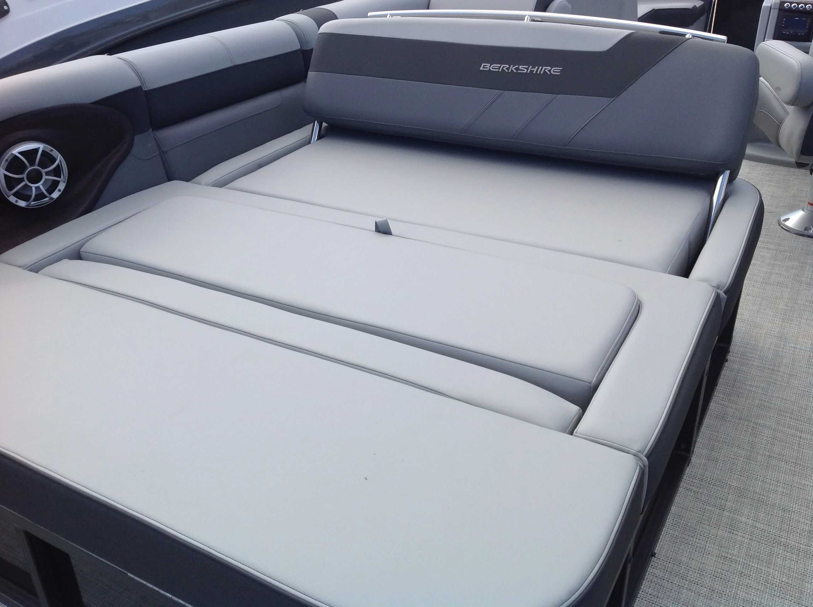 2021 Berkshire Pontoons boat for sale, model of the boat is 24SB2 CTS & Image # 10 of 14