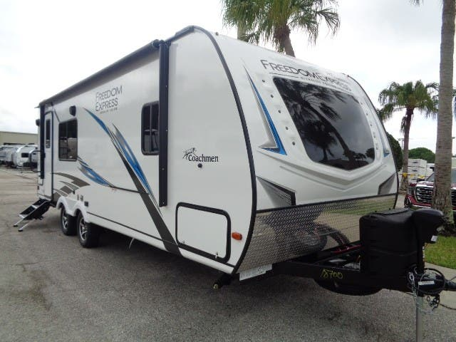 2021 Coachmen Freedom Express Ultra-Lite 246RKS