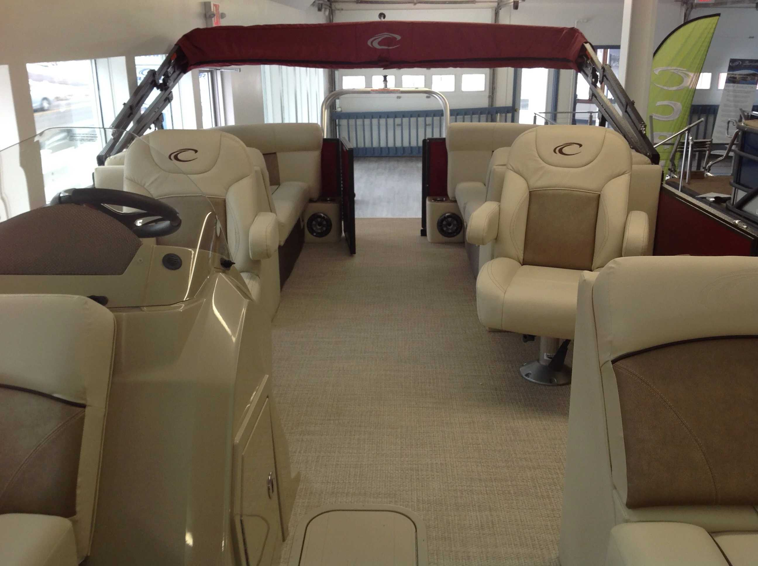 2021 Crest boat for sale, model of the boat is Cl Dlx 220slc & Image # 6 of 15