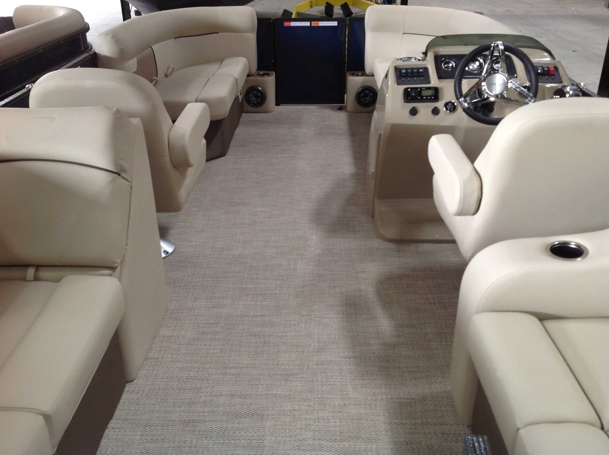 2021 Crest boat for sale, model of the boat is Cl Lx 200slc & Image # 12 of 13