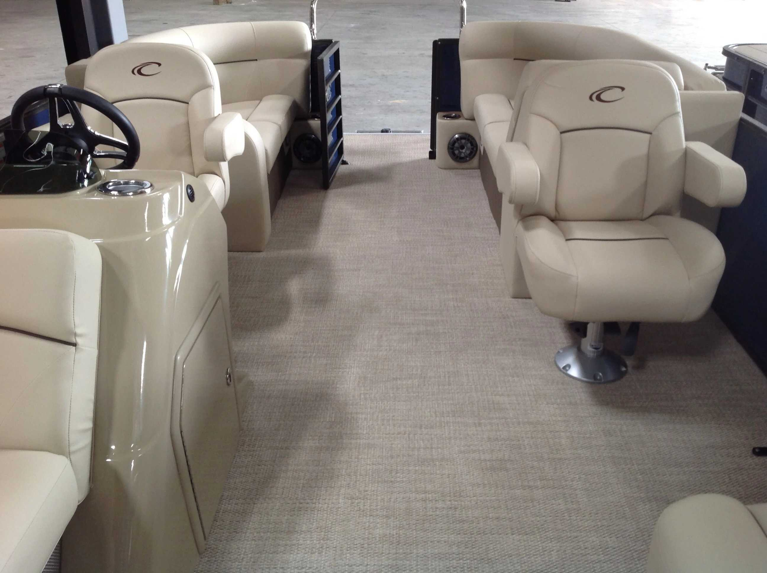2021 Crest boat for sale, model of the boat is Cl Lx 200slc & Image # 6 of 13
