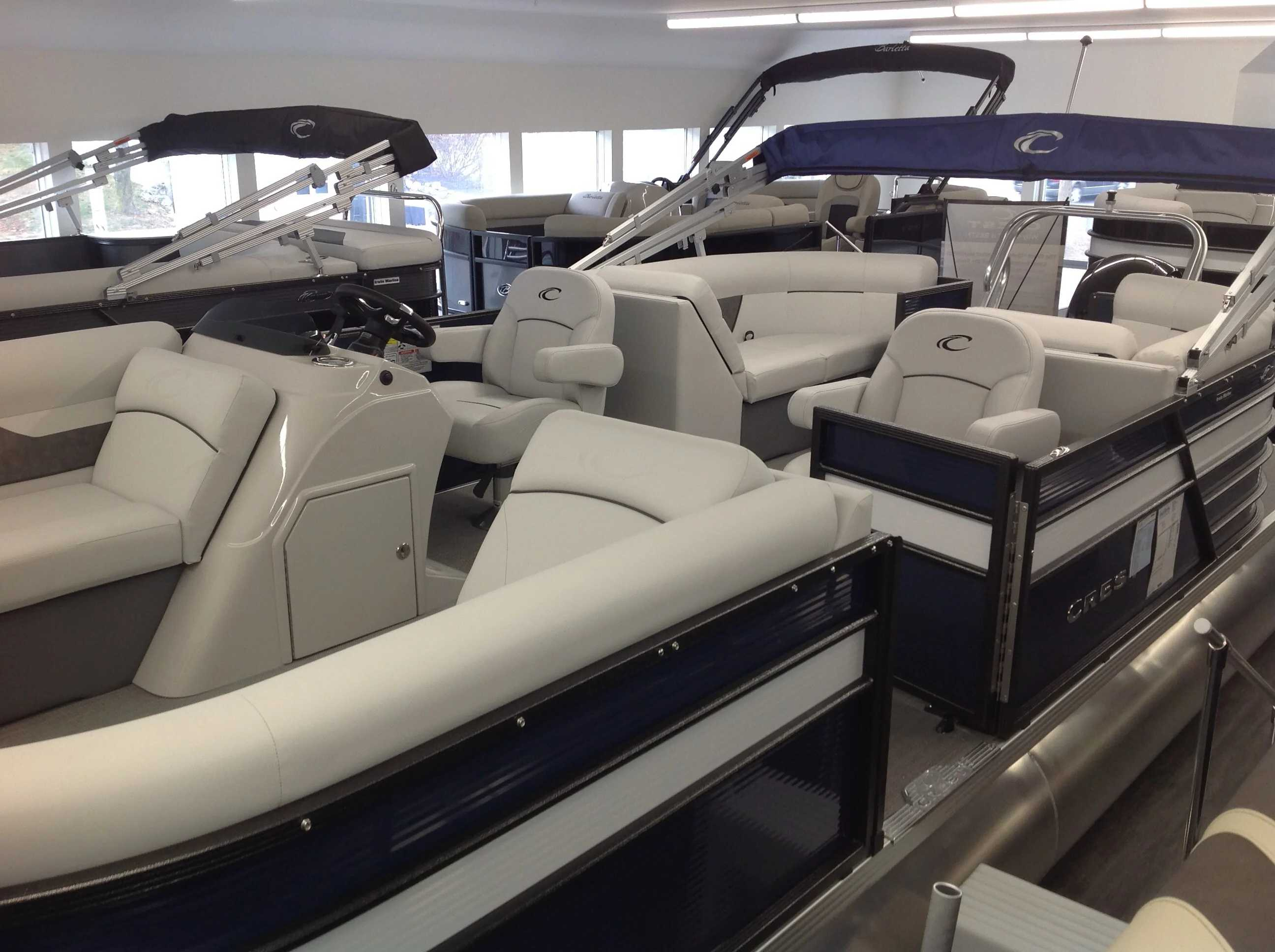 2021 Crest boat for sale, model of the boat is Cl Lx 220slc & Image # 3 of 13