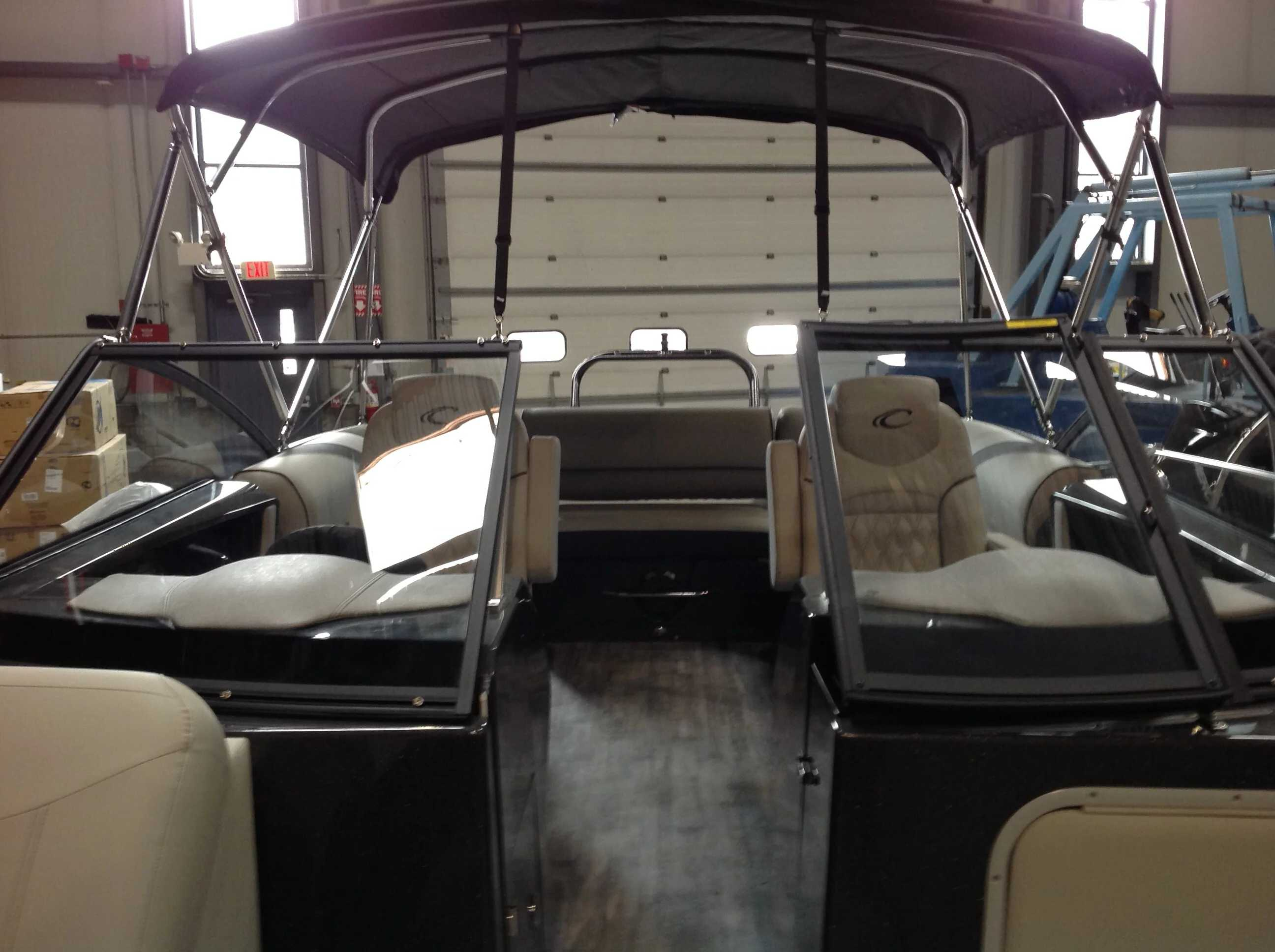 2021 Crest boat for sale, model of the boat is CONTINENTAL 250SLS & Image # 4 of 15