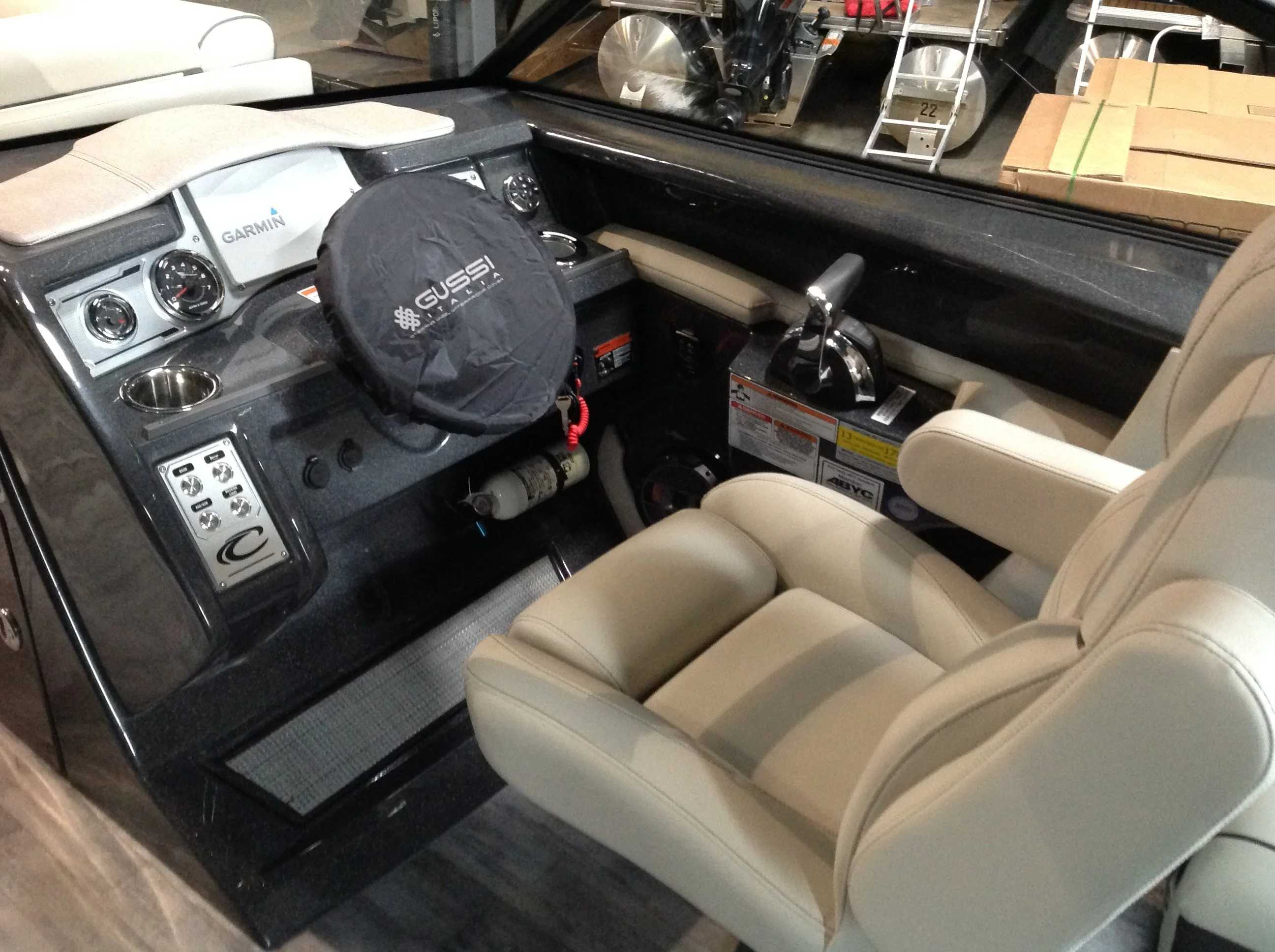2021 Crest boat for sale, model of the boat is CONTINENTAL 250SLS & Image # 8 of 15