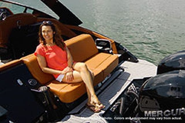 2021 Cruisers Yachts boat for sale, model of the boat is 338CX OB & Image # 5 of 12