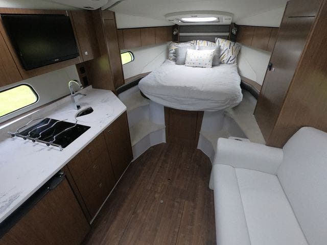 2021 Cruisers Yachts boat for sale, model of the boat is 35EXPRESS & Image # 7 of 23