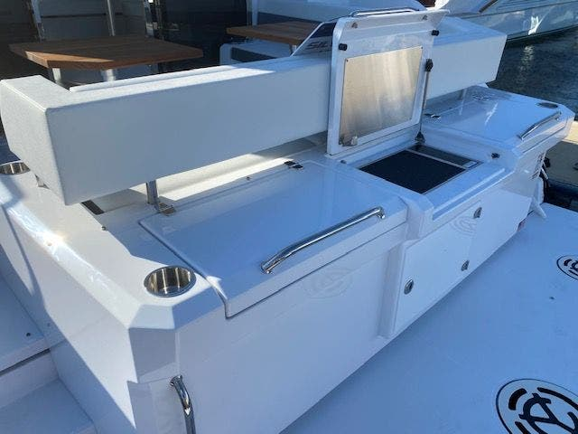 2021 Cruisers Yachts boat for sale, model of the boat is 42CANTIUS & Image # 8 of 28