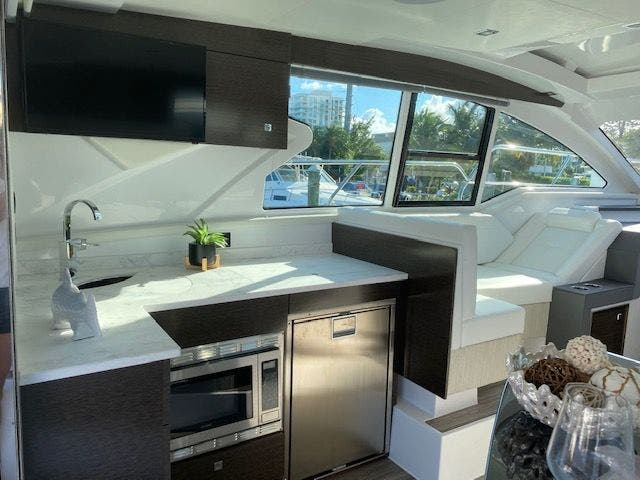 2021 Cruisers Yachts boat for sale, model of the boat is 42CANTIUS & Image # 14 of 28
