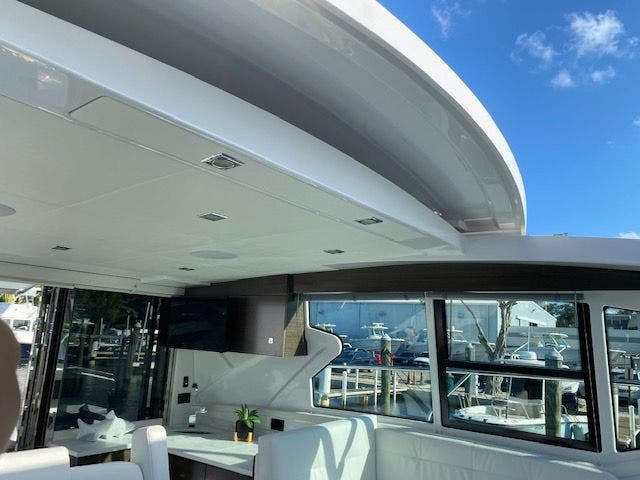 2021 Cruisers Yachts boat for sale, model of the boat is 42CANTIUS & Image # 16 of 28