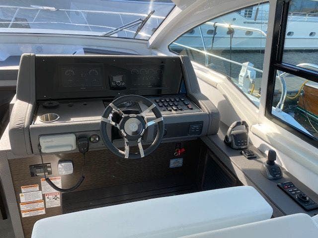 2021 Cruisers Yachts boat for sale, model of the boat is 42CANTIUS & Image # 17 of 28