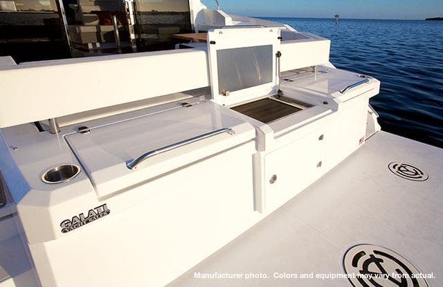 2021 Cruisers Yachts boat for sale, model of the boat is 42CANTIUS & Image # 6 of 11