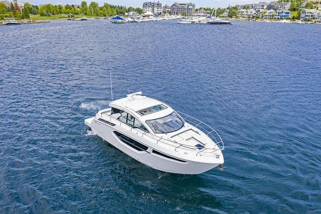 2021 Cruisers Yachts boat for sale, model of the boat is 42 CANTIUS & Image # 3 of 35