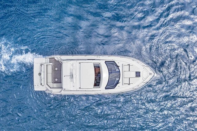 2021 Cruisers Yachts boat for sale, model of the boat is 42 CANTIUS & Image # 4 of 35