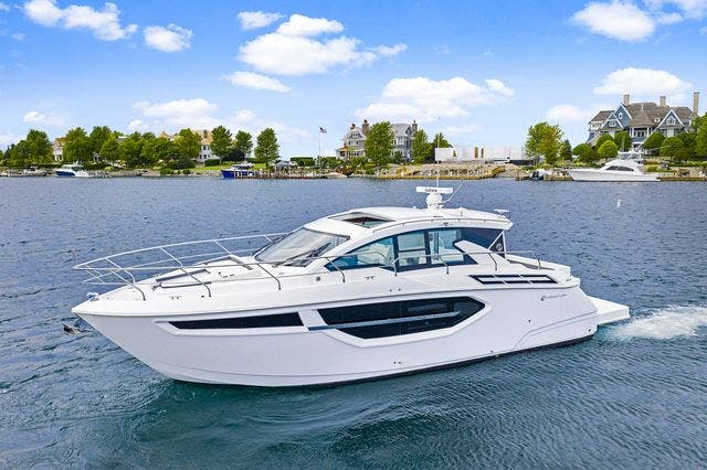 2021 Cruisers Yachts boat for sale, model of the boat is 42 CANTIUS & Image # 6 of 35