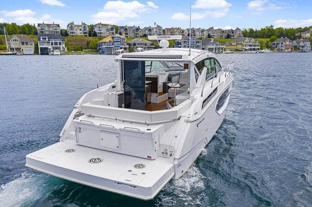 2021 Cruisers Yachts boat for sale, model of the boat is 42 CANTIUS & Image # 10 of 35