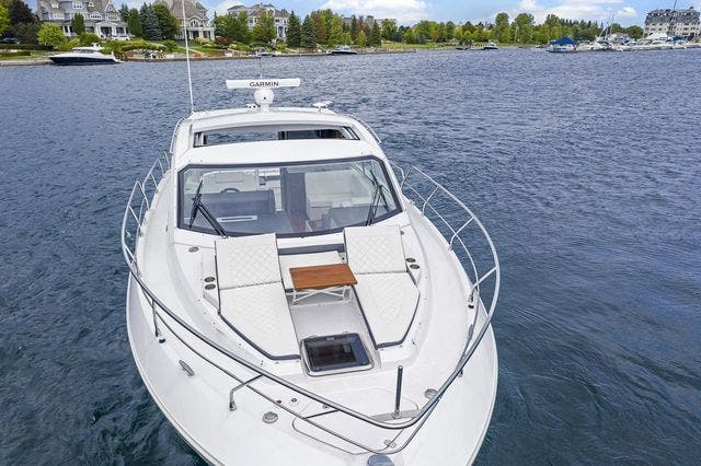 2021 Cruisers Yachts boat for sale, model of the boat is 42 CANTIUS & Image # 13 of 35