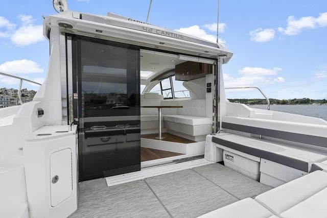2021 Cruisers Yachts boat for sale, model of the boat is 42 CANTIUS & Image # 14 of 35