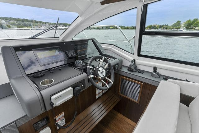 2021 Cruisers Yachts boat for sale, model of the boat is 42 CANTIUS & Image # 21 of 35