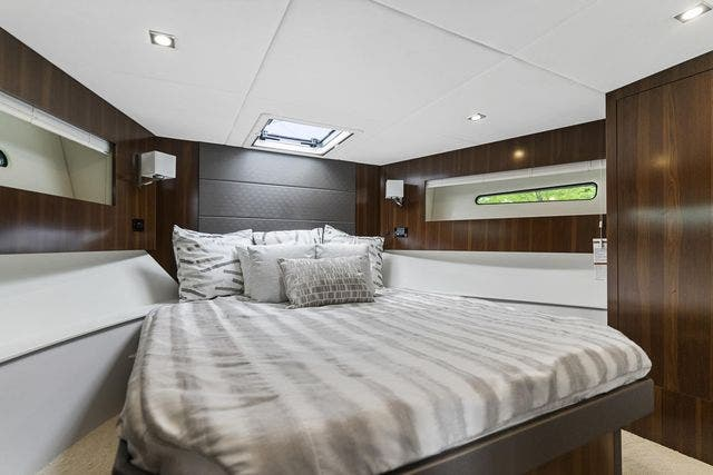 2021 Cruisers Yachts boat for sale, model of the boat is 42 CANTIUS & Image # 27 of 35