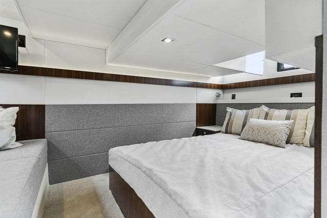 2021 Cruisers Yachts boat for sale, model of the boat is 42 CANTIUS & Image # 29 of 35