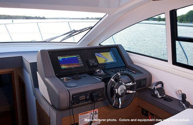 2021 Cruisers Yachts boat for sale, model of the boat is 46CANTIUS & Image # 5 of 13
