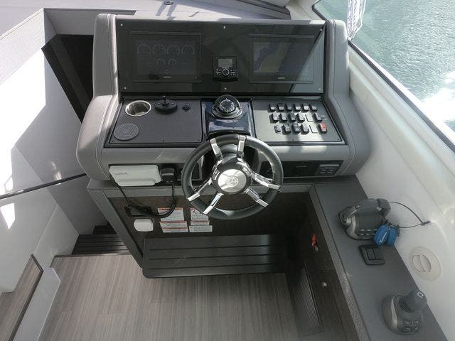 2021 Cruisers Yachts boat for sale, model of the boat is 46CANTIUS & Image # 9 of 23