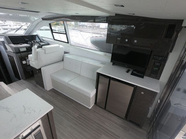 2021 Cruisers Yachts boat for sale, model of the boat is 46CANTIUS & Image # 11 of 23