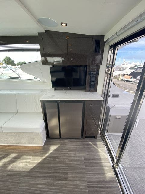 2021 Cruisers Yachts boat for sale, model of the boat is 46CANTIUS & Image # 12 of 27