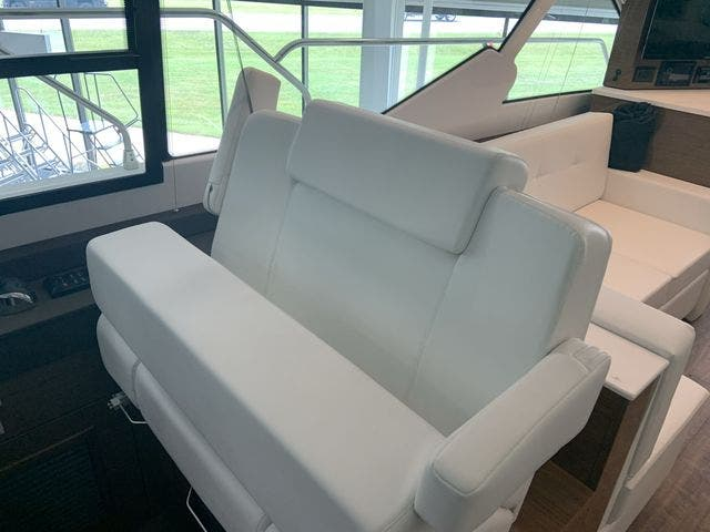 2021 Cruisers Yachts boat for sale, model of the boat is 50CANTIUS & Image # 6 of 31