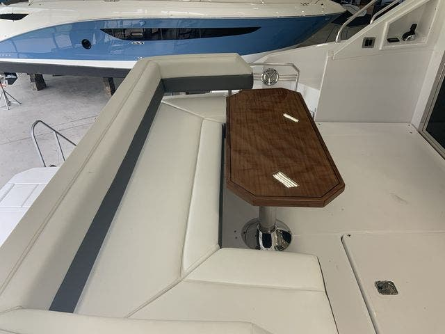 2021 Cruisers Yachts boat for sale, model of the boat is 50CANTIUS & Image # 14 of 31