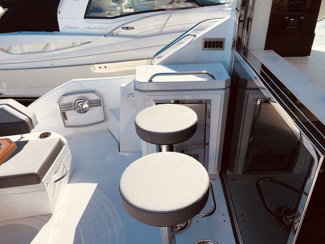 2021 Cruisers Yachts boat for sale, model of the boat is 54CANTIUS & Image # 4 of 60