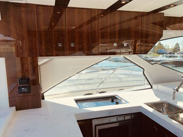 2021 Cruisers Yachts boat for sale, model of the boat is 54CANTIUS & Image # 33 of 60