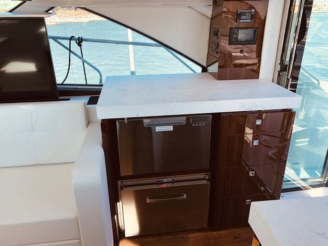 2021 Cruisers Yachts boat for sale, model of the boat is 54CANTIUS & Image # 51 of 60