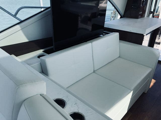 2021 Cruisers Yachts boat for sale, model of the boat is 54CANTIUS & Image # 59 of 60