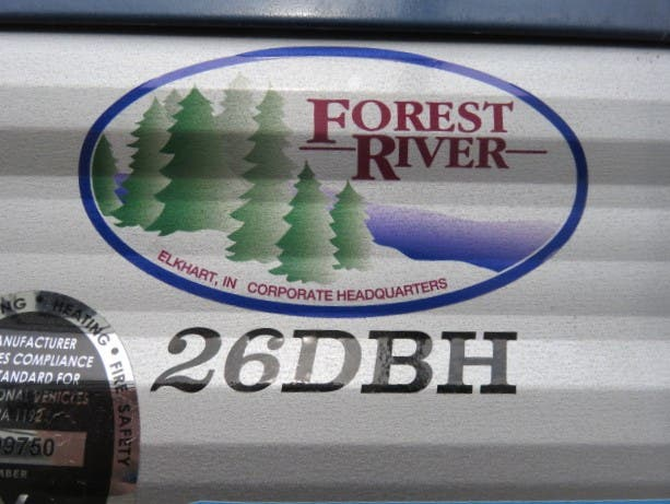 2021 Forest River Cherokee Grey Wolf Limited 26DBH Thumbnail