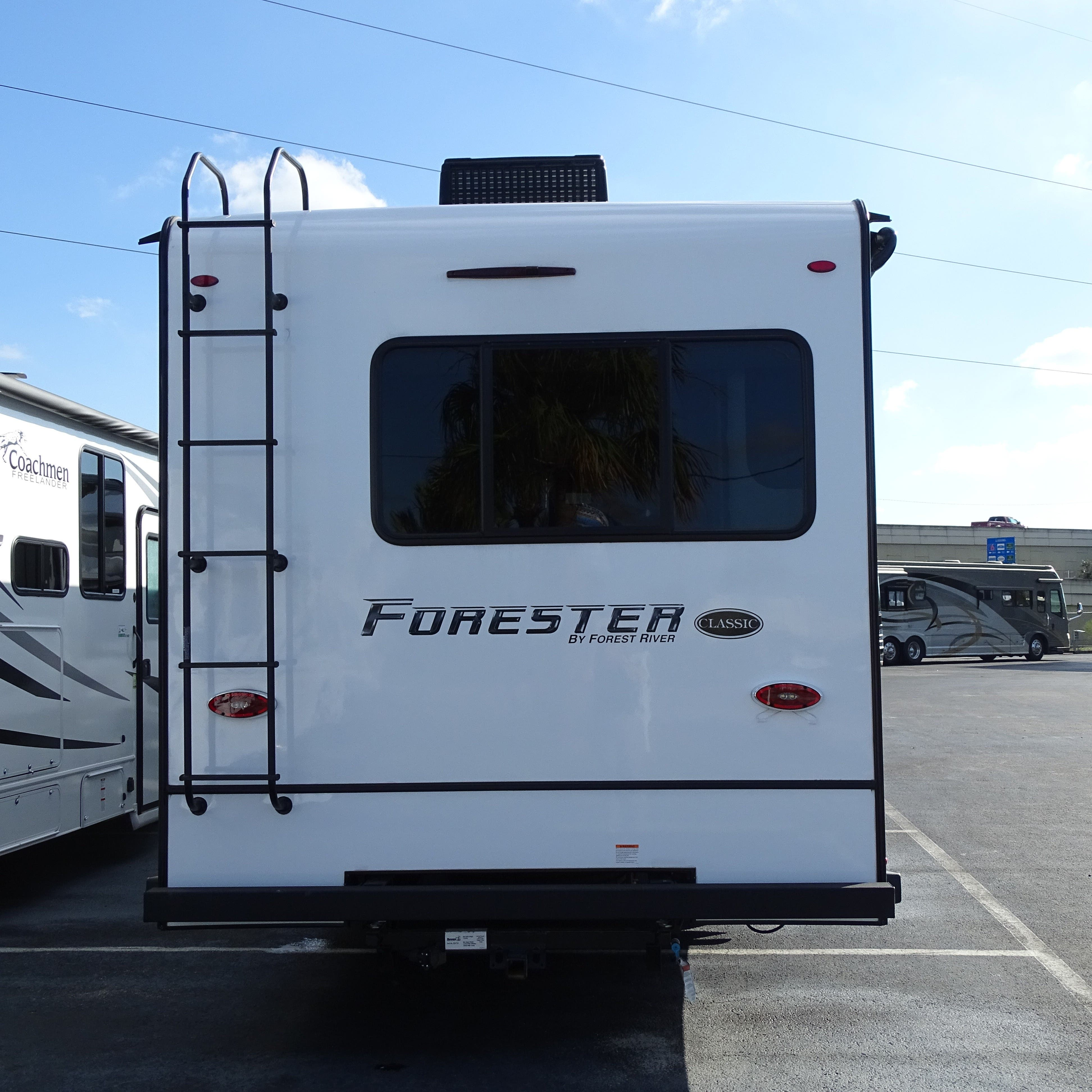 2021 Forest River Forester 3011DS Thumbnail