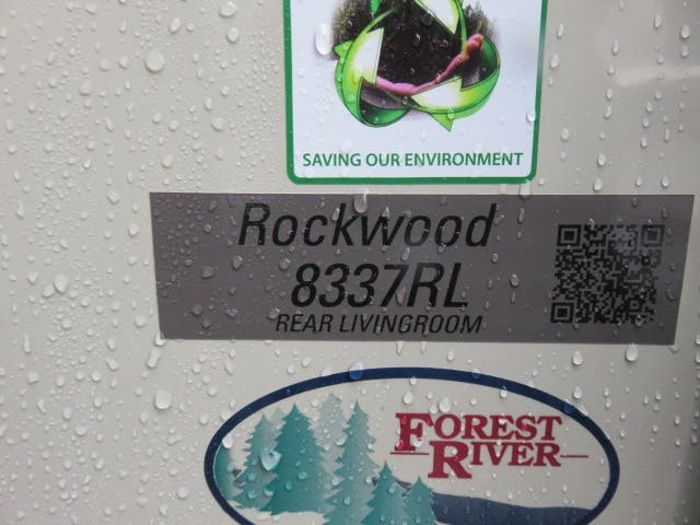 2021 Forest River Rockwood Signature Ultra Lite 8337RL Thumbnail
