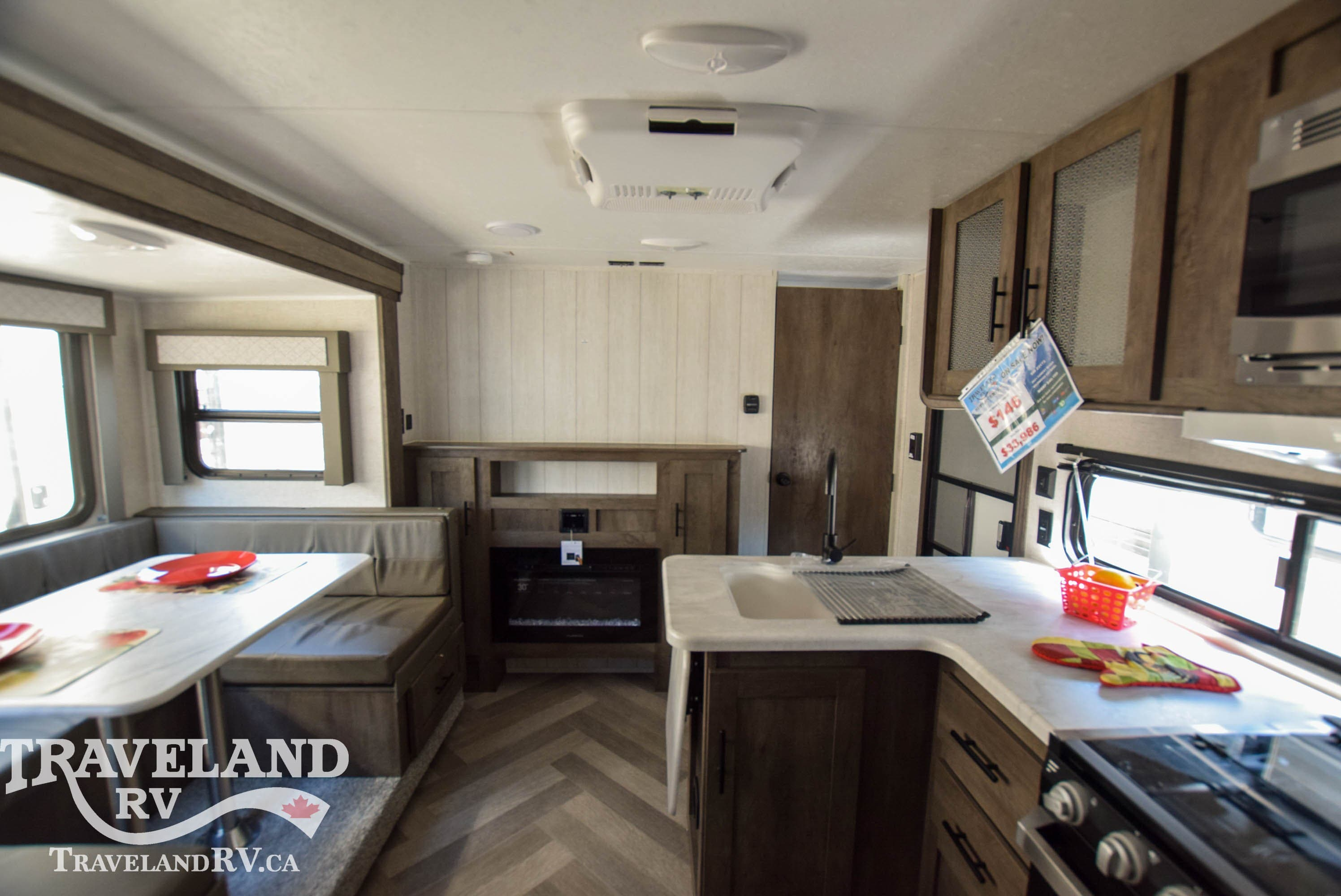 2021 Forest River Wildwood 243 BHXL Thumbnail
