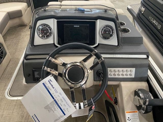 2021 Harris boat for sale, model of the boat is 230SOL/SLDH/TT & Image # 6 of 13