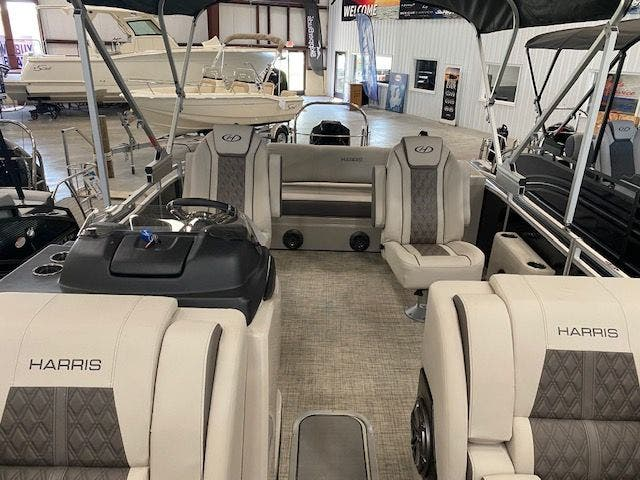2021 Harris boat for sale, model of the boat is 230SOL/SLDH/TT & Image # 8 of 13