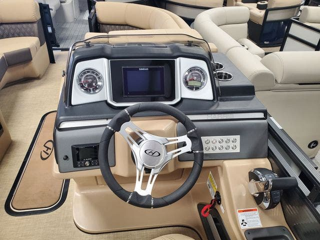 2021 Harris boat for sale, model of the boat is 230SOL/SL/TT & Image # 6 of 8