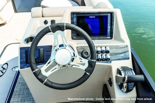 2021 Harris boat for sale, model of the boat is 230Sun/SLDH/TT & Image # 6 of 7