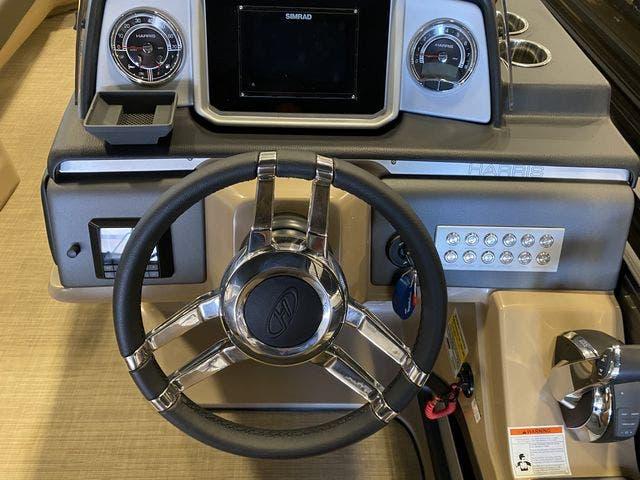 2021 Harris boat for sale, model of the boat is 250SOL/SLDH/TT & Image # 5 of 7