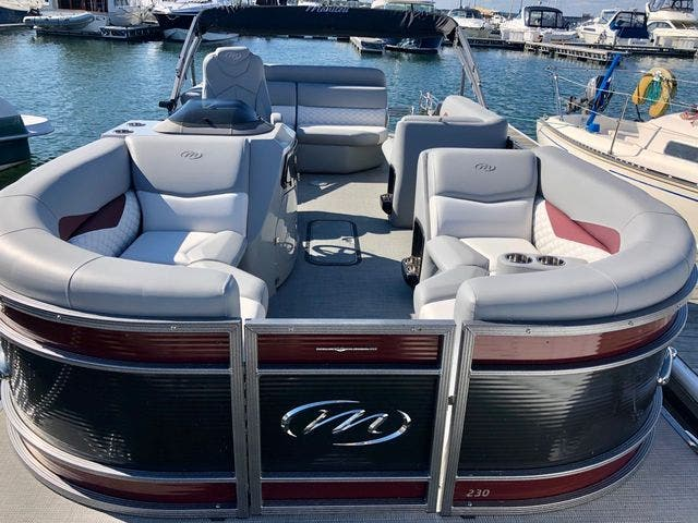 2021 Manitou boat for sale, model of the boat is 23 SES VP & Image # 3 of 22