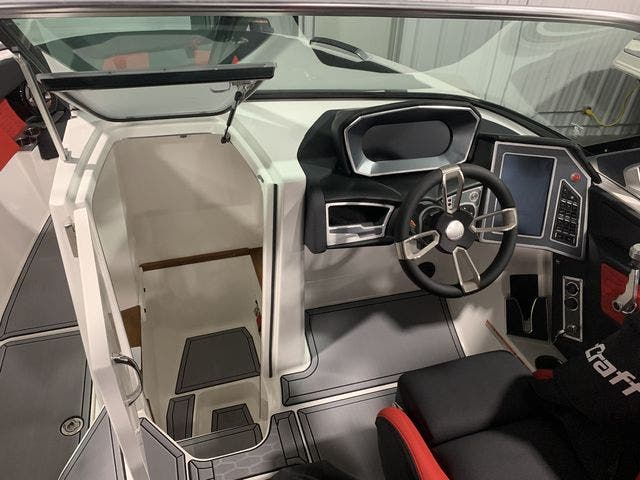 2021 Mastercraft boat for sale, model of the boat is X26 & Image # 7 of 11